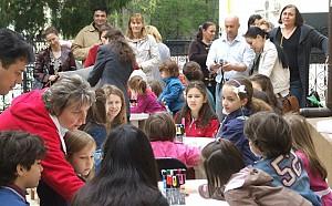 """09. Ateliere de creație """"Copiii ajută copii"""""""